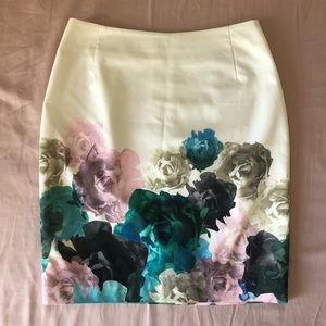 White Floral Pencil Skirt